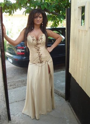 Elegant strapless prom dress 2010