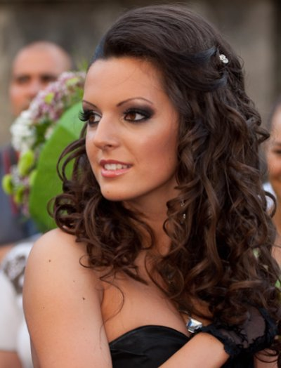 prom hairstyles for medium hair curly. Medium Hair Styles, Prom