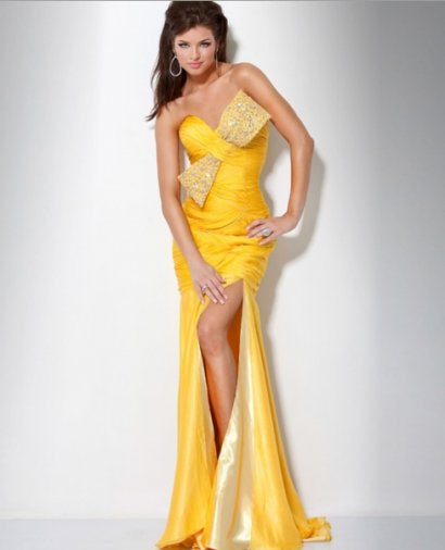 Exotic yellow prom dress 2011 with strapless sweetheart bodice embellished
