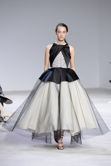 Giambattista Valli SS 2016 black and grey prom