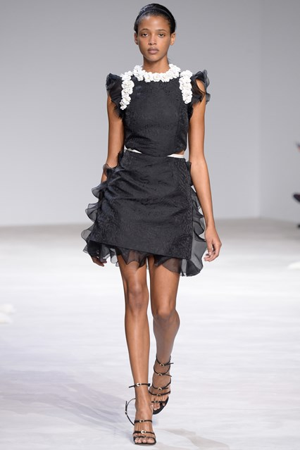Giambattista Valli SS 2016 short black white flowers dress