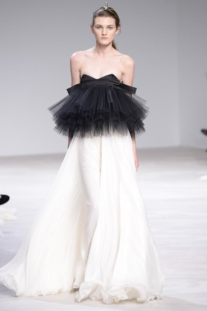 Giambattista Valli SS 2016 strapless black and white prom dress