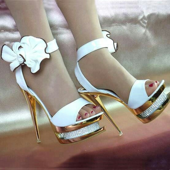 Heel Entry Shoes